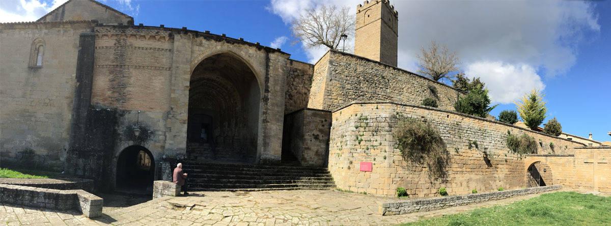 Iglesia de San Esteban y Torre del homenaje
